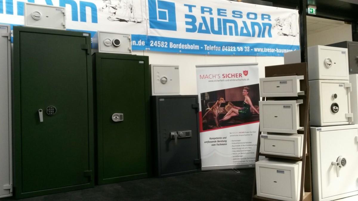 Tresor Baumann GmbH Auf Der Nordbau 2016 In Neumünster